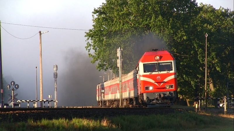ТЭП70БС 002 с пассажирским поездом TEP70BS 002 with a passenger train