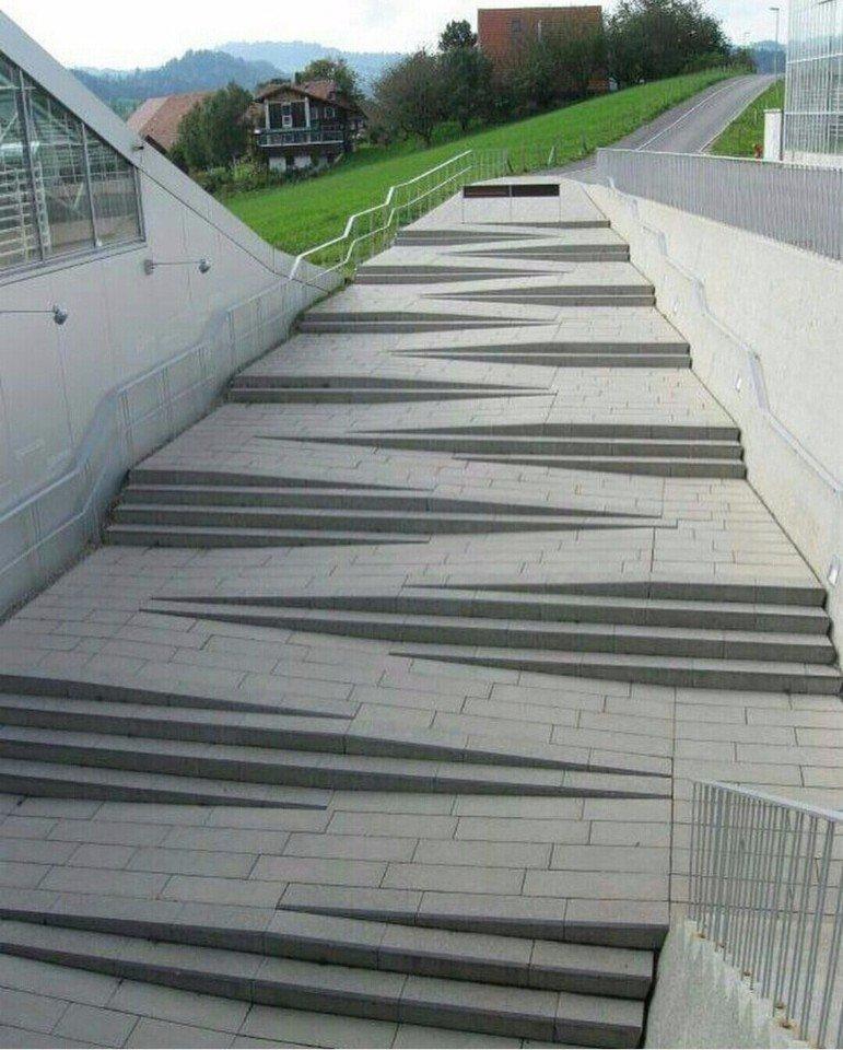Толковый архитектор попался