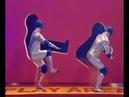 일본이 전세계에 팔아먹은 예능 포멧 벽 구멍을 통과하라