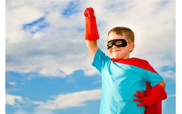 КАК ПОВЫСИТЬ САМООЦЕНКУ РЕБЕНКА? Советы психолога На успешность человеческой жизни, помимо объективных обстоятельств, влияет также уровень самооценки, которая начинает формироваться в дошкольном периоде под влиянием окружения ребенка, в первую очередь — родителей. Самооценка — это оценка личностью своих возможностей, качеств и места среди других людей. ♥Самооценка ребенка. Здоровая атмосфера в семье, стремление понять и поддержать ребенка, искреннее участие и сопереживание, чувство…