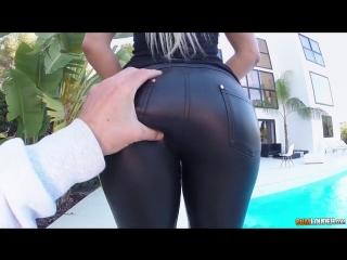 Blanche.Bradburry - vk.com/porno_hay [секс, минет, порно]