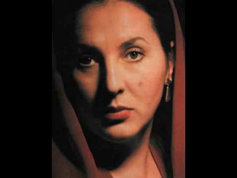 Ghena Dimitrova - I Masnadieri Aria I Act Lo sguardo avea degli angeli 1980 Nancy