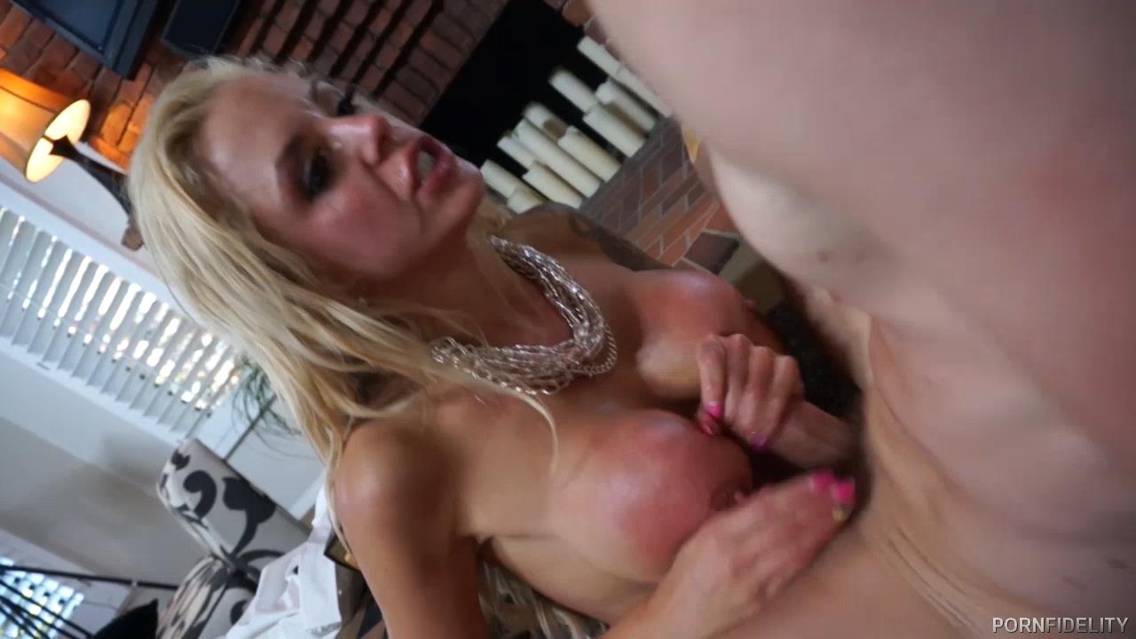 Smoking Hot Nina Elle PornFidelity