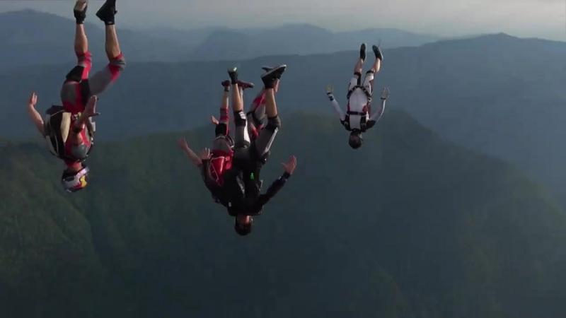 Команда Red Bull в живописных горах Хорватии