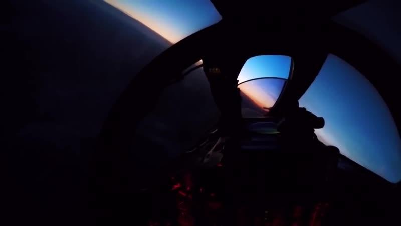 Ночные полеты истребителей-перехватчиков МиГ-31 Тихоокеанского флота.