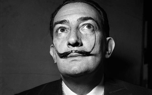 Сальвадор Дали о своих усах. Как Дали поддерживал их в форме и что он думал про усы Марселя Пруста и Фридриха Ницше читайте в выдержках из «Дневника гения».Сальвадор Дали, «Дневник одного гения»