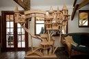 Хирург из Великобритании вырезает великолепные скульптуры из дерева — настоящие замысловат…