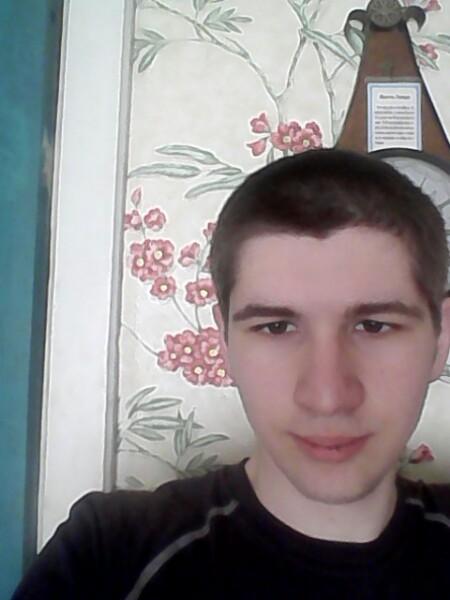 Dima, 19, Kalinkavichy