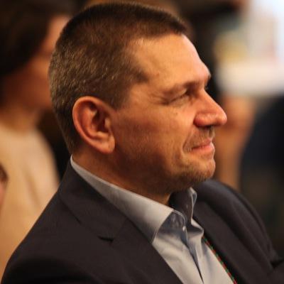 Аркадий Команенко