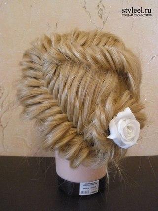 косоплетение, плетение косичек, прически, вечерняя прическа, прическа с цветами, свадебная прическа, внутренняя коса...