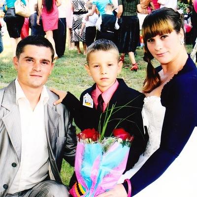 Лена Богатырева, 8 апреля 1985, Балта, id10459856