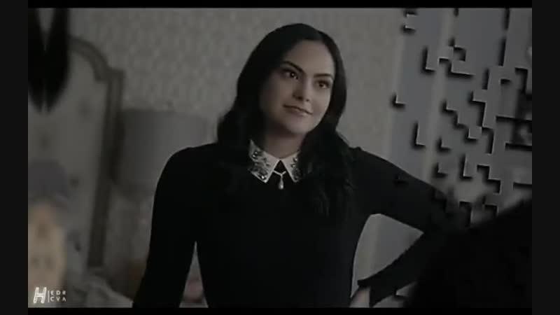 Veronica lodge vine