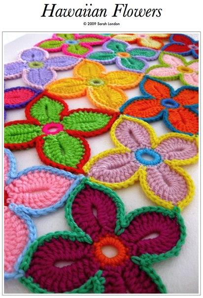 Яркие гавайские цветы - это