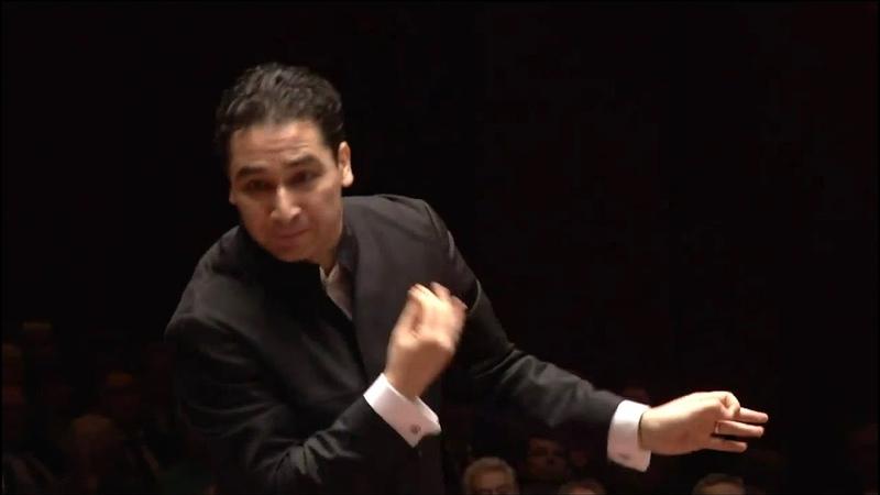 Haydn Sinfonie Nr. 59 (»Feuersinfonie«) ∙ hr-Sinfonieorchester ∙ Andrés Orozco-Estrada