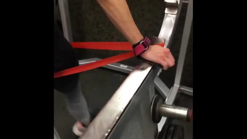 Три простых упражнения для ножек