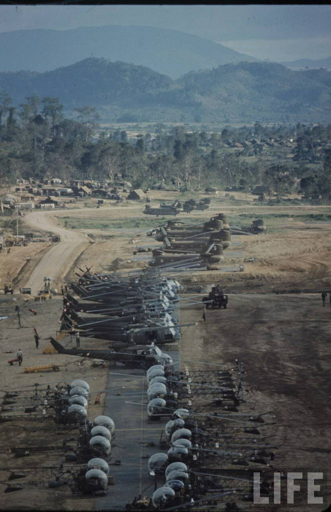 guerre du vietnam - Page 2 H3uAhmPb-Oo