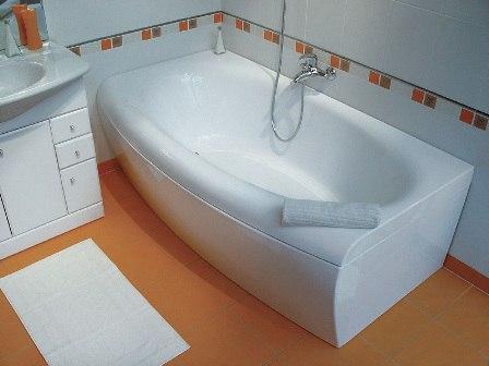 Установка ванны – картинка 1