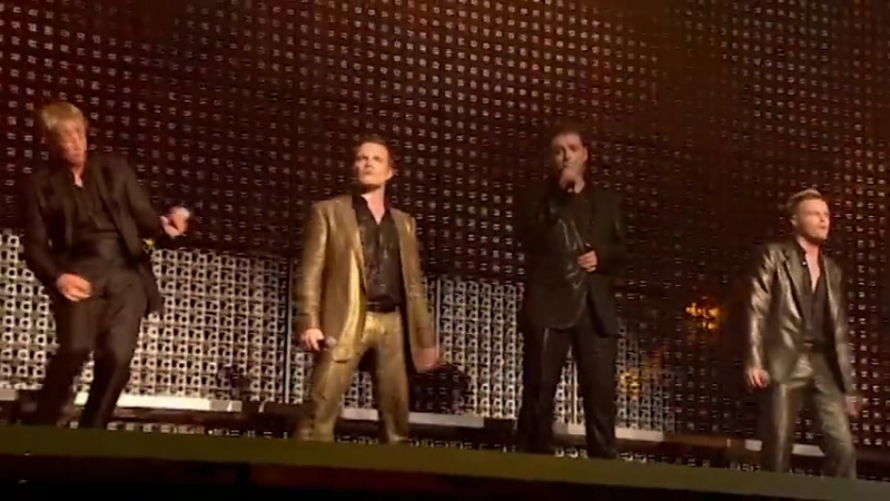 Westlife - Hey Whatever (Live)