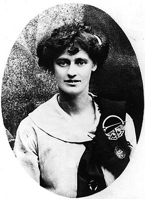 essay on countess markievicz Headline na fianna Éireann: was a prizewinner in the all-island decade of centenaries schools essay competition for and countess constance markievicz.