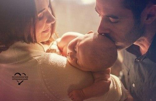 Семья – это труд, друг о друге забота, Семья – это много домашней работы. Семья – это важно! Семья – это сложно! Но счастливо жить одному невозможно!