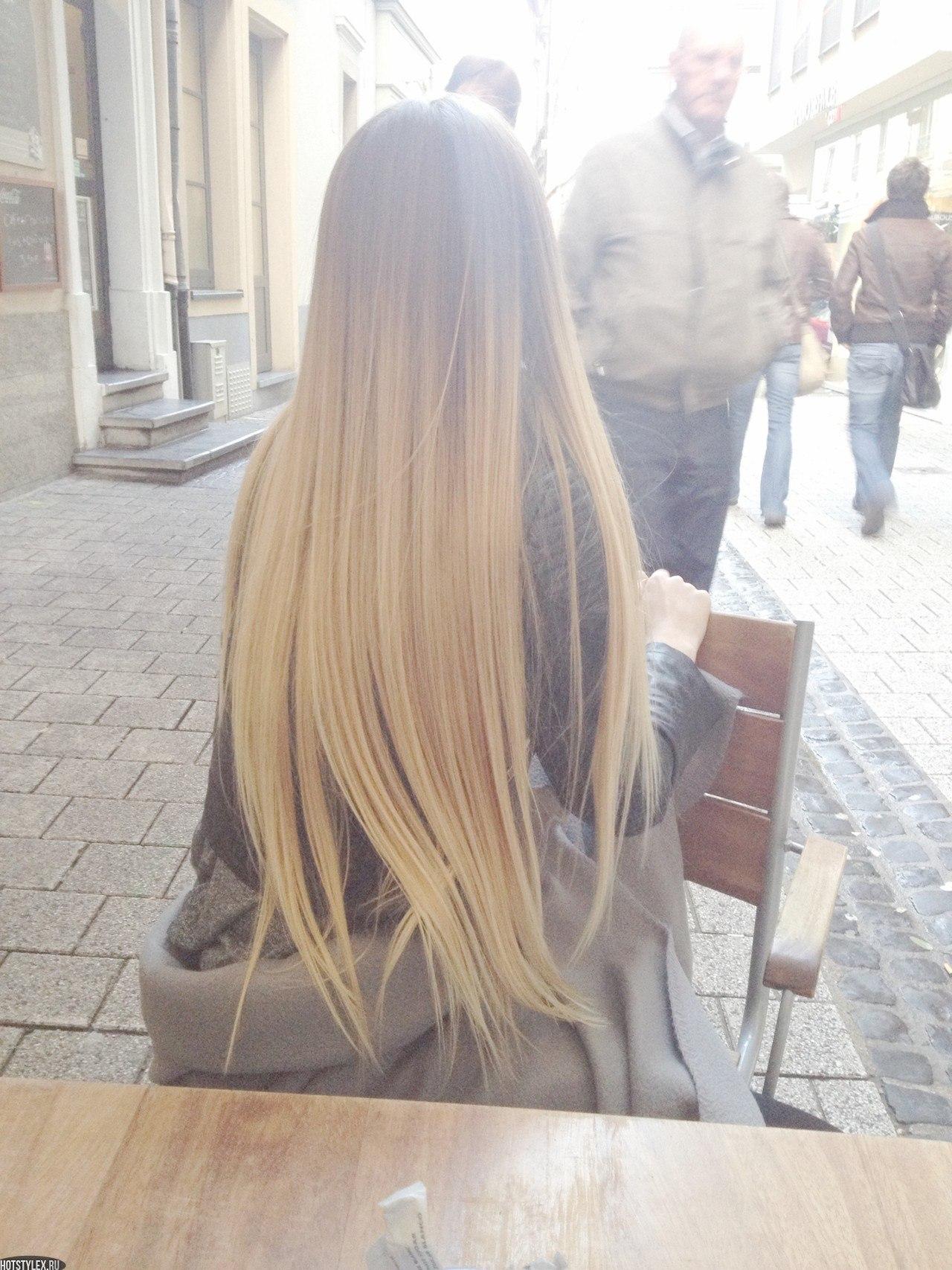 Пышные блондинки с длинными волосами 18 фотография