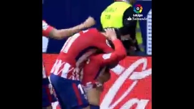 Последние 2 гола Фернандо Торреса за Атлетико.240