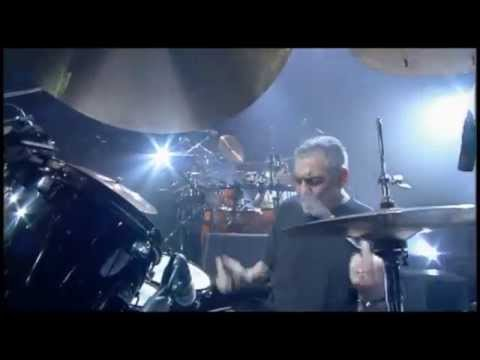 Steve Gadd drum solo with percussionists