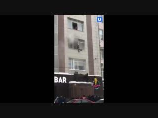 В Перми произошёл крупный пожар в бизнес-центре