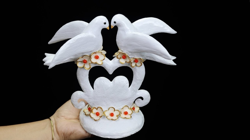 Birthday gift showpiece making at home (Best out of waste)Gift item showpiece