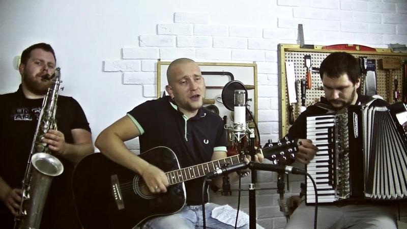 группа THE IRON BEES В гостях у мастерской PVB Handcraft guitars