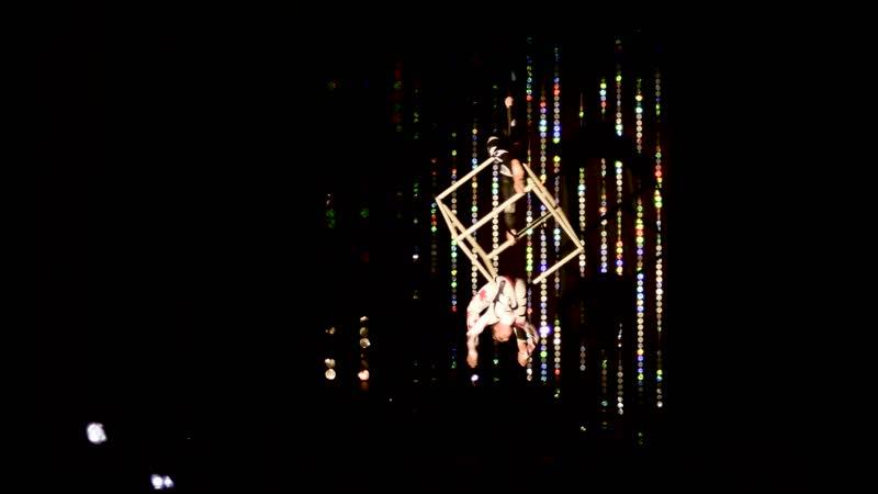 Столбова Елизавета и Ескина Наталья — Вариация на тему «Озеро в Лунном Свете» из балета П.И. Чайковского «Лебединое Озеро»