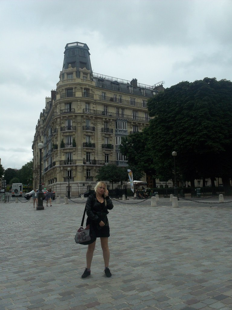 Елена Руденко. Франция. Париж. 2013 г. июнь. Kkp9K243vcY