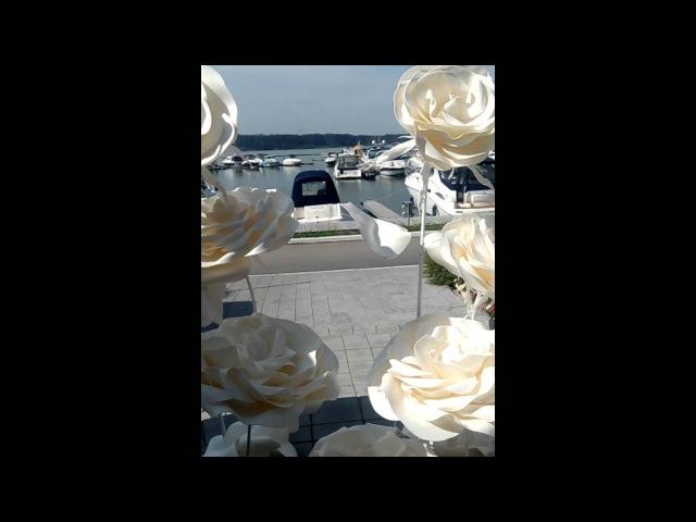 Как делать большие розы. Бронируйте свободные даты на август . школа больших цве ...