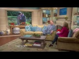 Meredith Vieira Gets Kevin Kline to Dish On Kissing Tom Selleck