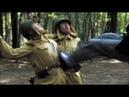此人武功高強,1個人單挑20幾個小鬼子,鬼子大佐被這幕嚇懵了