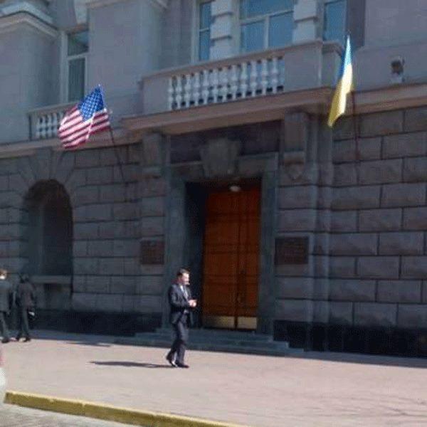 «Тихие американцы» в Киеве продолжают оккупацию Украины