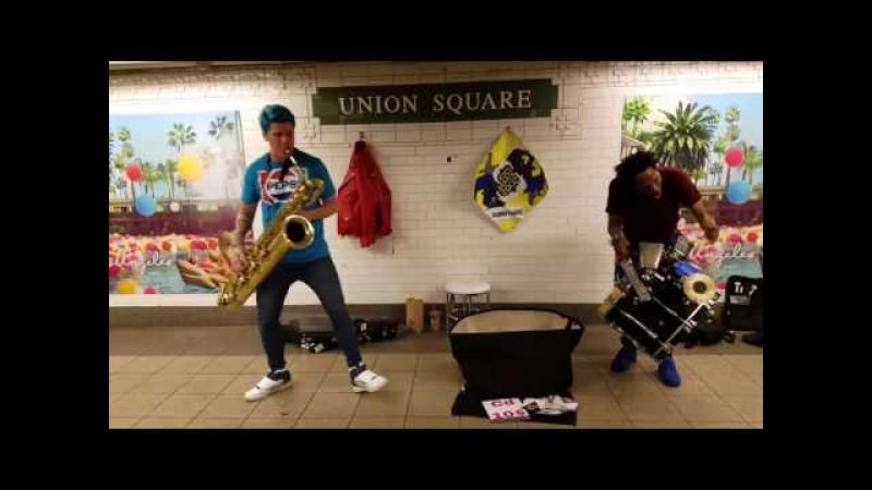 NEW ! Too Many Zooz , Union Square The newest Show! 2017