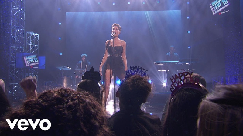 Halsey - Without Me (Live From Dick Clark's New Year's Rockin' Eve 2019)