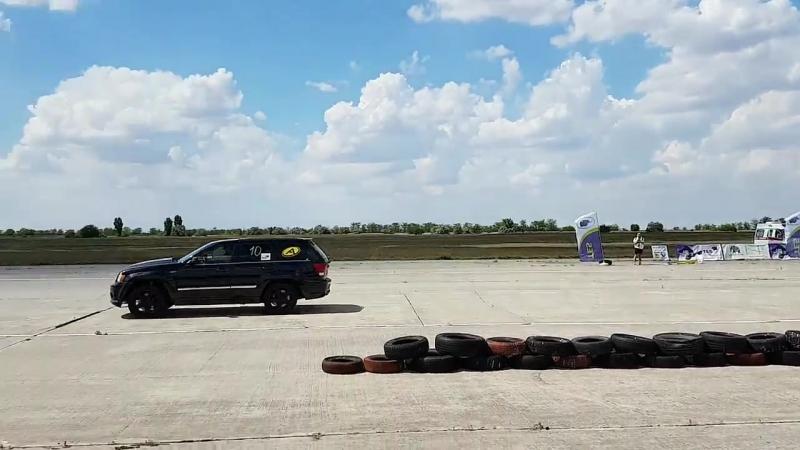 Jeep Grand Cherokee SRT vs Mitsubishi Lancer 10.06.2018 Драг Рейсинг в Октябрьском