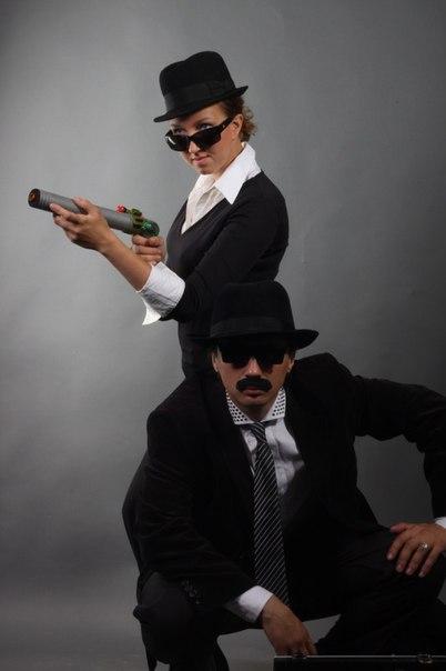 Как сделать костюм шпионки