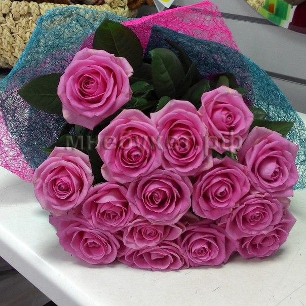 Мнебукет розы подарки букет дня@