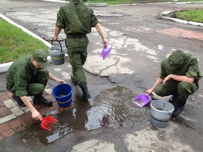 Осенью в армию призвали более 130 тысяч человек, военкомы со