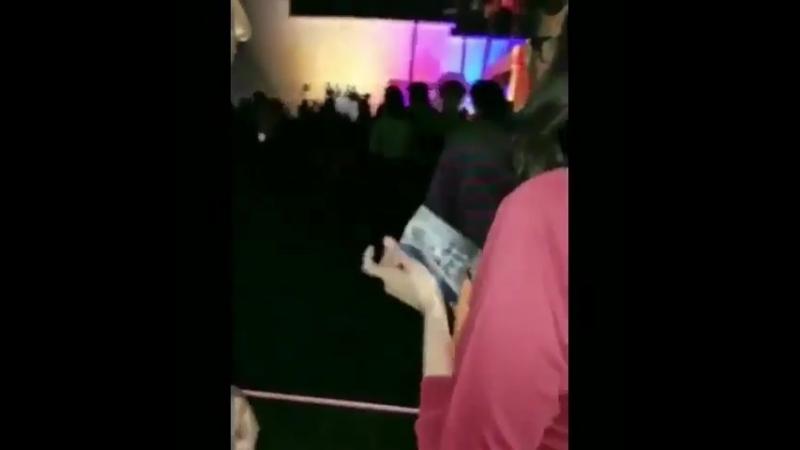 John Frusciante with fans. Johnny Ramone memorial, 26/08/18