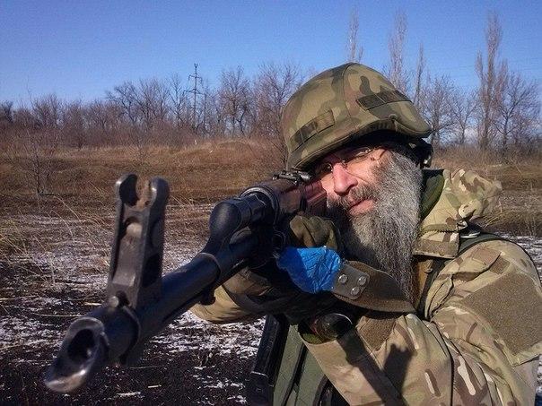 """""""Ты его не знаешь, но отдаешь ему последний магазин с патронами и вытягиваешь раненным из под пуль. Это - главное в нашем братстве"""", - киевляне проходят военную выучку - Цензор.НЕТ 9191"""