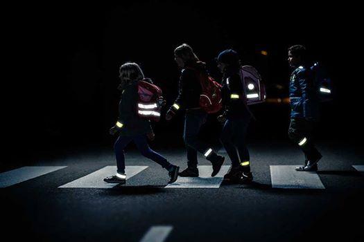 В Зеленчукском районе пешеходам рекомендуют использовать «светлячки»