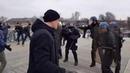 Боксёр против полицейского. Митинг жёлтых жилетов Париж 05.01.2019