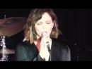 Выступление с песней «I Fall In Love Too Easily» в парке Марина-Дель-Рей   09.08.18