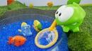 Игрушки для детей. Ам Ням и пруд для рыбок из орбиз