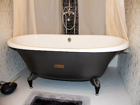 Установка ванны – картинка 2