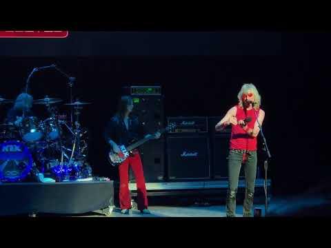 KIX Don't Close Your Eyes at M3 Rock Festival 2018